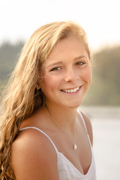 High School senior portrait - On the beach