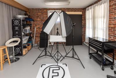 Studio - 2020 - Post Confinement- camera room
