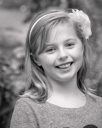 Black and white child portrait  Photographer